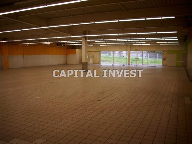 -sala sprzedaży duża